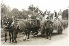 Landjugend 1955 (bei Festumzug)