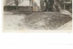 Linde auf Friedhofskreuzung (evtl. 1963)