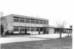 Dorfwiesen 1 (Grundschule, 1973)