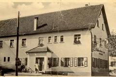 Geislinger Straße 11 (Gasthaus Ochsen ca. 1937)