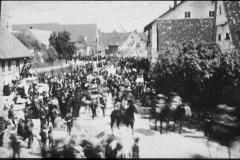 Dorfplatz Umzug (vor 1940)